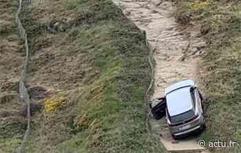 VIDEO. Loire-Atlantique : une voiture coincée sur le chemin côtier piétonnier entre Pornic et Saint-Brevin - Le Courrier du Pays de Retz