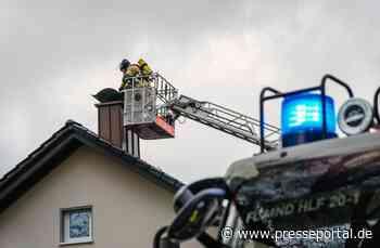FW Menden: Kaminbrand am Lupinenweg