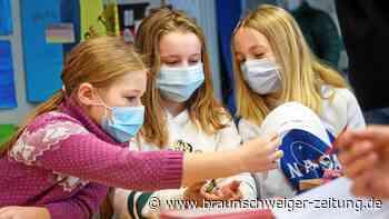 Selbsttest: Corona: Wie der Lolli-Test bei Kindern funktioniert