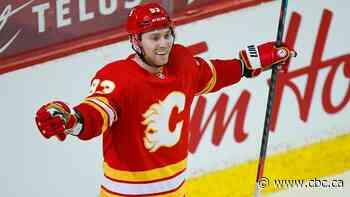 Flames send resurgent Sam Bennett to Panthers on deadline day
