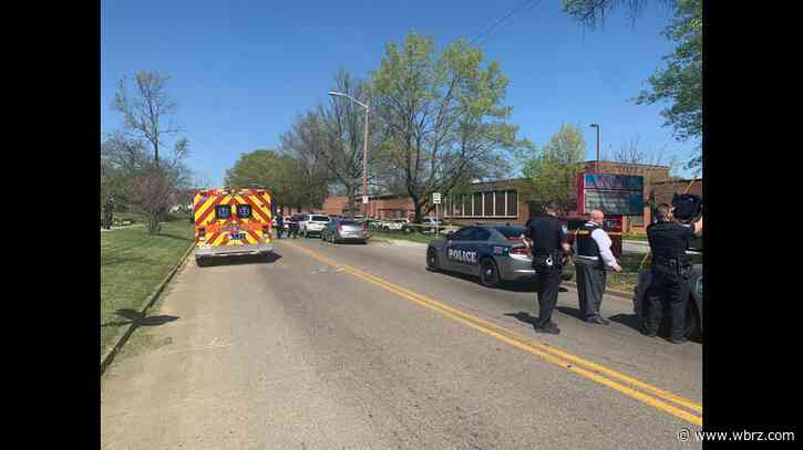 Multiple people hurt in Tennessee high school shooting, including one police officer