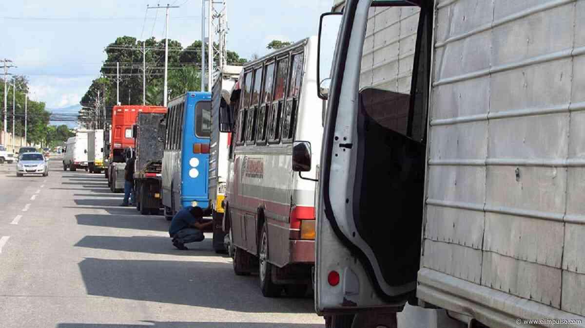 Largas colas para ingresar a San Antonio del Táchira #12Abr - El Impulso