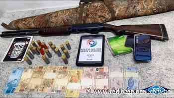 PM de Ipira apreende arma de fogo, munições e prende suspeitos de tráfico de drogas - Rádio Capinzal