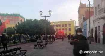 Cercado de Lima: incendio destruye inmueble del jirón Huanta - El Bocón