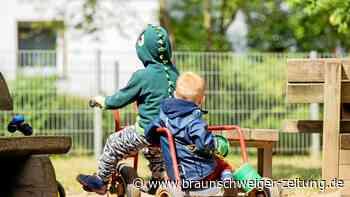Studie : Warum arme Kinder weniger Platz auf Spielplätzen haben