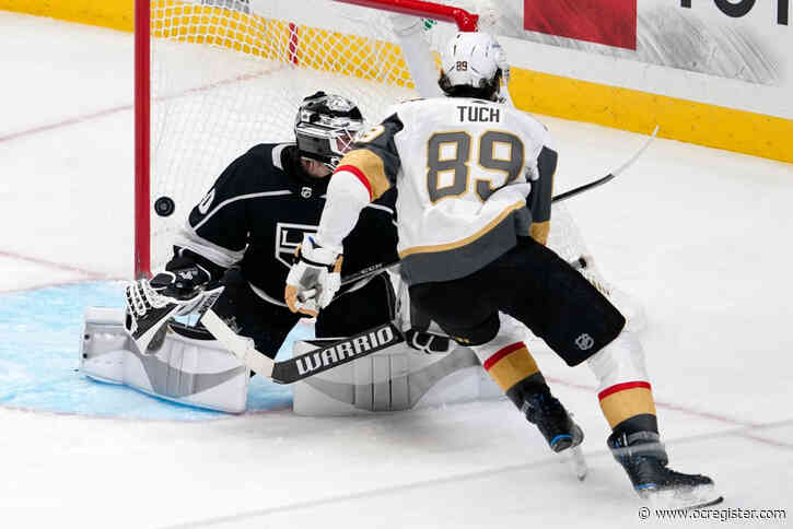 Kings' lifeless power play costly in loss to Golden Knights