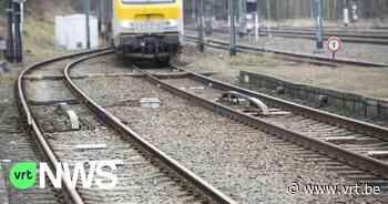 """Geen treinverkeer tussen Poperinge en Menen door zwaar beschadigde bovenleiding: """"nog tot woensdag hinder"""" - VRT NWS"""