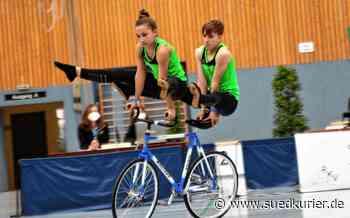 Kunstradsport: Zum Abschluss Platz drei für Eva und Lena Streit - SÜDKURIER Online