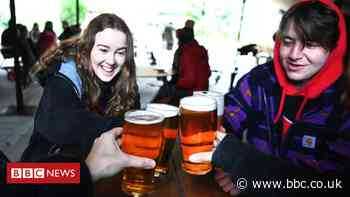 Covid: Restaurants and pubs have reopened, but what are the rules?