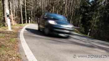 Dornach - Junglenker mit 142 km/h geblitzt, in der Nähe ereignete sich kürzlich ein tödlicher Unfall: Das will die Polizei nun unternehmen   bz Basel - Basellandschaftliche Zeitung