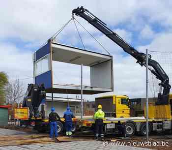 """Bovenbouw Campus Lievegem laat containers aanrukken: """"Alle lokalen bezet en nieuwe richtingen op komst"""""""