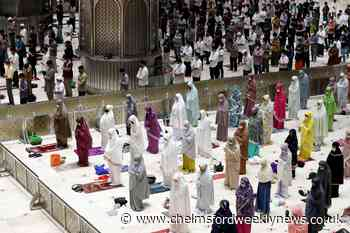 Muslims begin marking Ramadan with socially distanced prayers - Chelmsford Weekly News