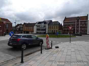 Rotonde Marktplein tot half mei afgesloten (Sint-Lievens-Houtem) - Het Nieuwsblad