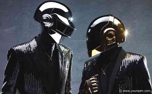 """Rare Daft Punk """"Discovery"""" Vinyl Sells For $2,380 Following Duo's Split"""