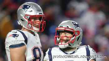 """Rob Gronkowski pegs chances of Julian Edelman joining Buccaneers at (what else?) """"69 percent"""""""