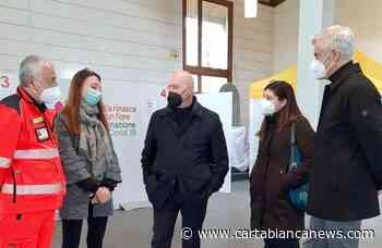 Il Presidente Bonaccini in visita all'Hub vaccinale di Crevalcore - CartaBianca news