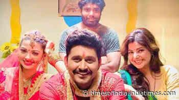 Yash Kumar kick-starts shooting of two Bhojpuri movies - Times of India