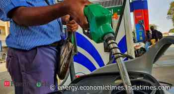 Petrol usage jumps in March as Indian commuters prefer cars - ETEnergyworld.com