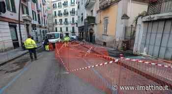 Napoli, nuova voragine in via Kerbaker al Vomero: strada chiusa e traffico in tilt - Il Mattino