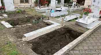 Napoli, degrado senza fine nel cimitero di Ponticelli - ilmattino.it