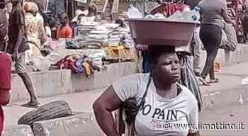 Napoli, Osimhen ritrova la donna nigeriana senza una gamba - ilmattino.it