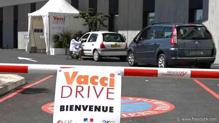 """Covid-19 : un premier """"vaccidrive"""" ouvre en France près de Montpellier - FRANCE 24"""