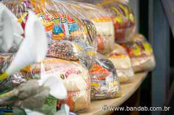 Rio Branco do Sul entrega kit de alimentação para alunos da rede municipal - Banda B - Banda B
