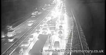 M1 traffic updates after accident closure causes lengthy delays - Hertfordshire Mercury
