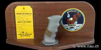 Original-Steuerknüppel von Neil Armstrong versteigert - Nau.ch