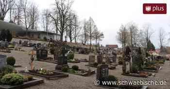 Grabschändung auf Friedhof in Bad Wurzach: Polizei ermittelt einen Tatverdächtigen - Schwäbische