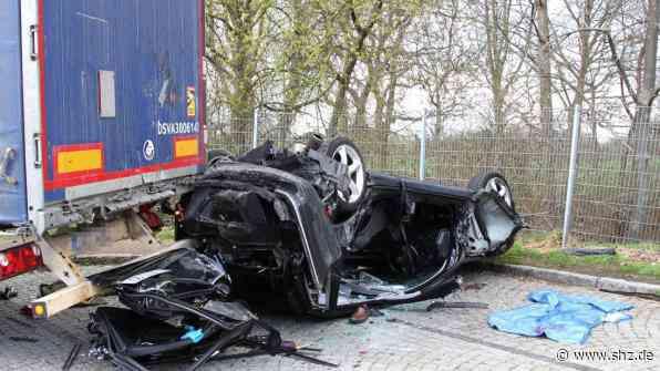 A1 bei Reinfeld: Polizei und Staatsanwaltschaft informieren zum tödlichen Rastplatz-Unfall   shz.de - shz.de