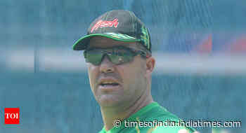 Former Zimbabwe captain Heath Streak banned for 8 years for corruption - Times of India