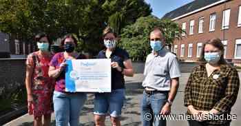 Cheque van 630 euro voor 'Mooimakers' Basisschool Margareta Maria Instituut - Het Nieuwsblad