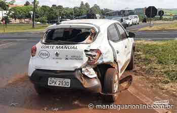 Carro e caminhão colidem em trevo de Jandaia do Sul - Mandaguari Online