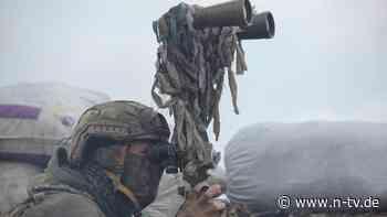 Russische Truppen vor Ukraine: Merkel und Biden fordern Abzug