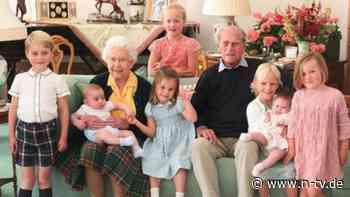 Tribut an Prinz Philip: Britische Royals öffnen private Fotoalben