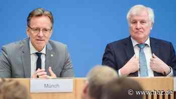 Livestream: Seehofer und BKA-Chef Münch stellen Kriminalstatistik 2020 vor