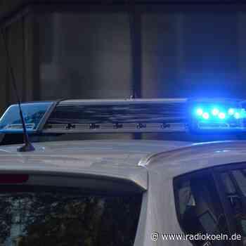 Falsche Polizisten fordern Geldübergabe von Seniorin - radiokoeln.de