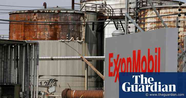 Oil firm bosses' pay 'incentivises them to undermine climate action'