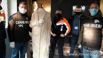 Passeggiano per le vie di Bruxelles e trovano una statua rubata a Roma 10 anni fa