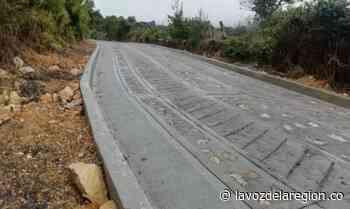 Cafeteros construirán varios tramos de placa huella en Timaná - Huila