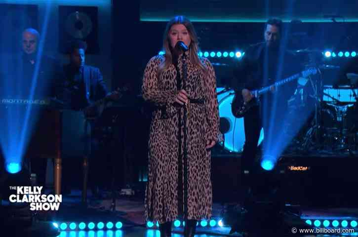 Kelly Clarkson's Latest Cover Is Exactly 'What A Girl Wants': Watch