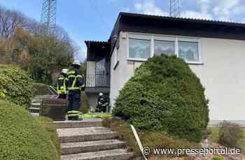 FW-EN: Wohnung vollständig verraucht - Küche brannte in der Ahornstraße
