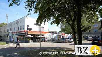 Dachlatten-Aktion statt Supermarkt am Wolfsburger Dunantplatz