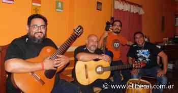 """Tako"" Juárez, del conjunto folclórico santiagueño Salitral, reveló porque rinden tributo a don Atahualpa Yupanqui - El Liberal Digital"
