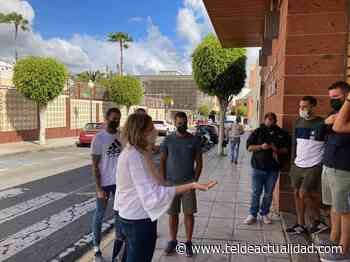 El PP palpa el estado de ánimo de los trabajadores del Polideportivo Paco Artiles - TeldeActualidad.com