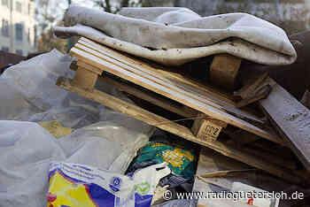 Illegal entsorgter Müll in Versmold problematisch - Radio Gütersloh