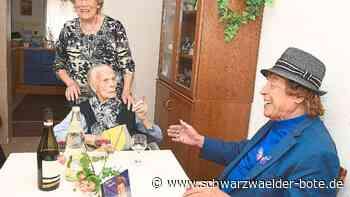 Waldachtal: Schlager-Star Tony Marshall singt für verstorbene 109-Jährige - Schwarzwälder Bote