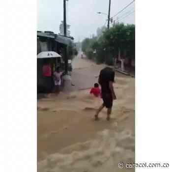 VIDEO: Lluvia generó inundaciones en Cimitarra - Caracol Radio