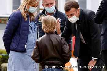 Reims : Emmanuel Macron rencontre des ados déprimés et des psychiatres débordés au CHU - France 3 Régions